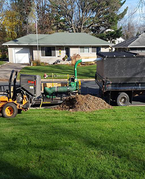 Western Wisconsin lawn care, Western Wisconsin Lawn Maintenance, Western Wisconsin landscape Maintenance, Western Wisconsin snow plowing and snow removal services